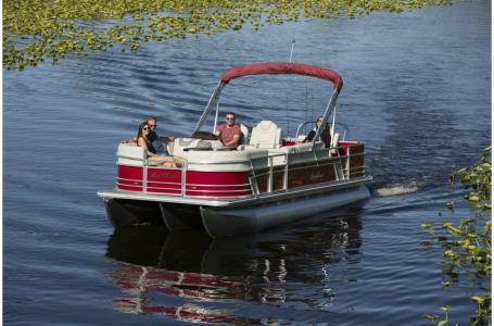 2020 SunChaser boat for sale, model of the boat is Geneva Fish 22 Fish DLX & Image # 3 of 15