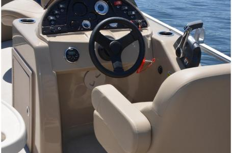 2020 SunChaser boat for sale, model of the boat is Geneva Fish 22 Fish DLX & Image # 13 of 15