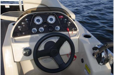 2020 SunChaser boat for sale, model of the boat is Geneva Cruise 22 LR DH & Image # 10 of 10