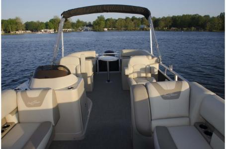 2020 SunChaser boat for sale, model of the boat is Geneva Cruise 22 LR DH & Image # 8 of 10