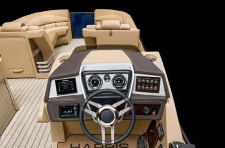 2020 Harris boat for sale, model of the boat is Grand Mariner 270 & Image # 7 of 12