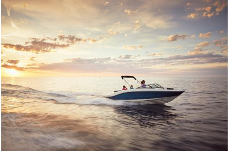 2021 Sea Ray boat for sale, model of the boat is SPX 210 & Image # 5 of 6