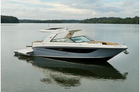2021 Sea Ray boat for sale, model of the boat is SLX 400 & Image # 6 of 7