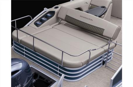 2021 Bennington boat for sale, model of the boat is 21 SSBX & Image # 2 of 11
