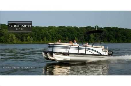 2021 Harris boat for sale, model of the boat is Sunliner 210 & Image # 7 of 17