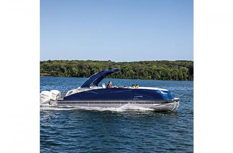 2021 Harris boat for sale, model of the boat is Harris Crowne SL 250 & Image # 6 of 15