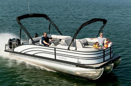 2021 Harris boat for sale, model of the boat is Sunliner 230 & Image # 3 of 13