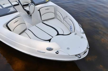 2021 Stingray Boats boat for sale, model of the boat is 208LR & Image # 11 of 11