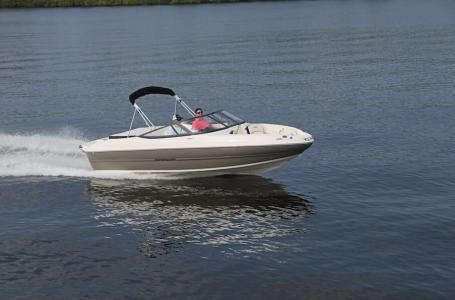 2021 Stingray Boats boat for sale, model of the boat is 208LR & Image # 10 of 11