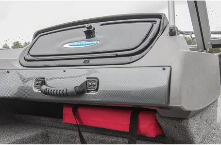 2021 Crestliner boat for sale, model of the boat is 1650 Fish Hawk SE Walk-through & Image # 4 of 11