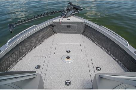 2021 Crestliner boat for sale, model of the boat is 2050 Authority & Image # 8 of 11