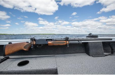2021 Crestliner boat for sale, model of the boat is 1650 Fish Hawk Walk-through & Image # 16 of 20