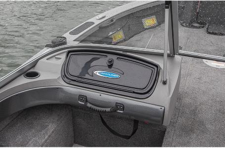 2021 Crestliner boat for sale, model of the boat is 1650 Fish Hawk SE Walk-through & Image # 13 of 16