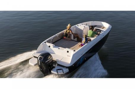2021 Bayliner boat for sale, model of the boat is Element E21 & Image # 1 of 6