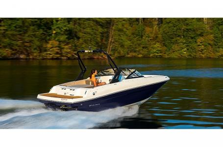 2021 Bayliner boat for sale, model of the boat is VR4 Bowrider & Image # 2 of 4