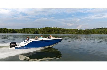 2021 Bayliner boat for sale, model of the boat is DX2200 & Image # 3 of 5