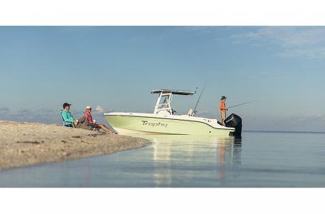 2021 Bayliner boat for sale, model of the boat is Trophy 22CC & Image # 5 of 5