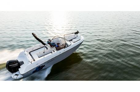 2021 Bayliner boat for sale, model of the boat is Element E21 & Image # 3 of 6