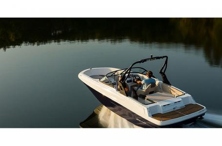2021 Bayliner boat for sale, model of the boat is VR4 Bowrider & Image # 12 of 15