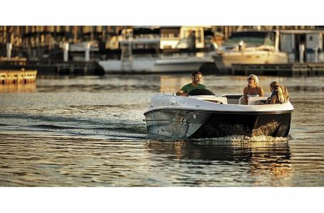 2021 Bayliner boat for sale, model of the boat is Element E21 & Image # 2 of 6
