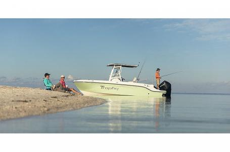 2021 Bayliner boat for sale, model of the boat is T22CX & Image # 14 of 17
