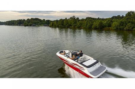 2021 Bayliner boat for sale, model of the boat is VR5 Bowrider & Image # 6 of 13