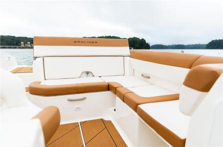 2021 Bayliner boat for sale, model of the boat is DX2000 & Image # 4 of 4
