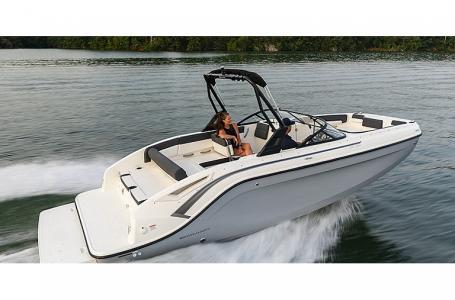2021 Bayliner boat for sale, model of the boat is DX2250 & Image # 1 of 3