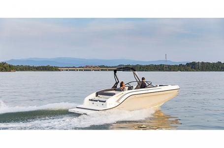 2021 Bayliner boat for sale, model of the boat is DX2250 & Image # 2 of 3