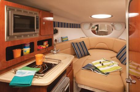 2021 Crownline boat for sale, model of the boat is 264 CR & Image # 6 of 6