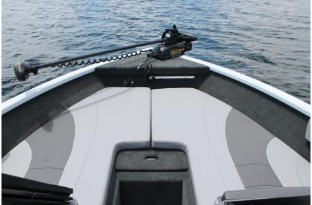 2021 Smoker Craft boat for sale, model of the boat is Legacy Ultima 182 & Image # 8 of 17