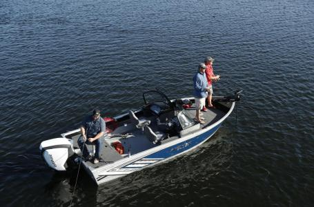 2021 Smoker Craft boat for sale, model of the boat is Adventurer 188 DC & Image # 10 of 13