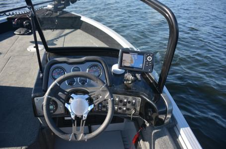 2021 Smoker Craft boat for sale, model of the boat is Adventurer 188 DC & Image # 6 of 16