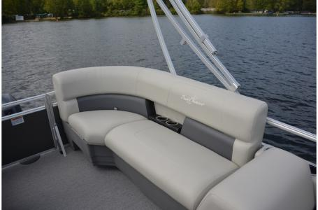 2021 SunChaser boat for sale, model of the boat is Vista 16 LR & Image # 7 of 12
