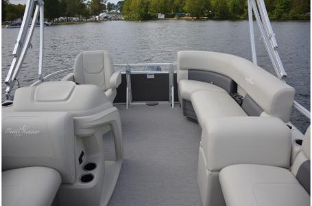 2021 SunChaser boat for sale, model of the boat is Vista 16 LR & Image # 5 of 12