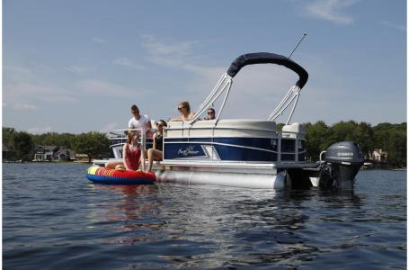 2021 SunChaser boat for sale, model of the boat is Vista 18 Fish & Image # 10 of 12