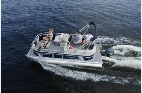 2021 SunChaser boat for sale, model of the boat is Vista 18 Fish & Image # 9 of 12