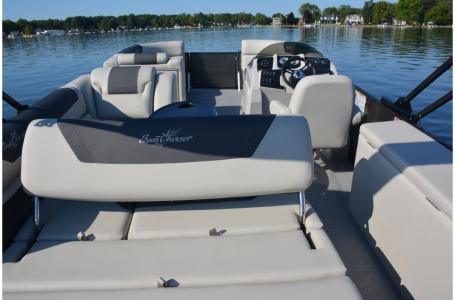 2021 SunChaser boat for sale, model of the boat is Geneva Cruise 22 SB & Image # 9 of 14