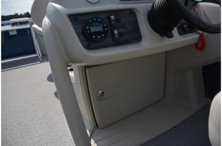 2021 SunChaser boat for sale, model of the boat is Vista 18 Fish & Image # 4 of 12