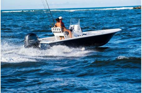 2021 Tidewater boat for sale, model of the boat is 2110 Bay Max Tunnel & Image # 2 of 3