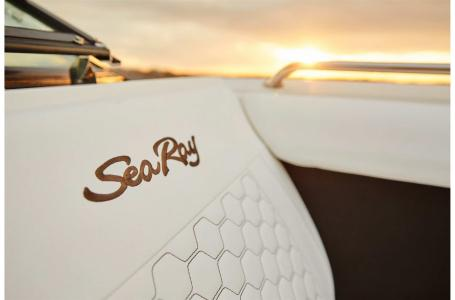 2022 Sea Ray boat for sale, model of the boat is SDX 270 & Image # 4 of 7
