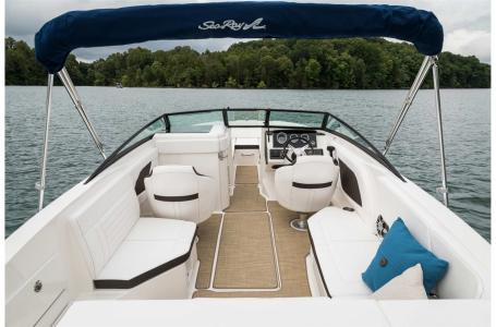 2022 Sea Ray boat for sale, model of the boat is SPX 230 & Image # 3 of 6