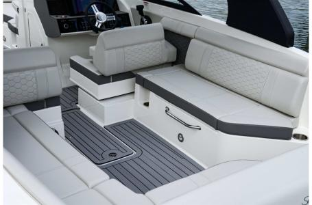 2022 Sea Ray boat for sale, model of the boat is SDX 270 & Image # 6 of 7