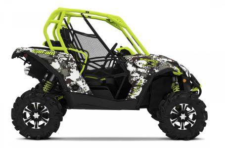 2015 Can-Am ATV Maverick X Mr Dps™ - Digital Camo & Manta Green | 3 of 3