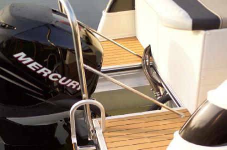 2007 Harris boat for sale, model of the boat is Crowne 250 & Image # 15 of 21