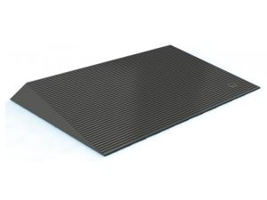 TRANSITIONS™ ANGLED ENTRY MAT