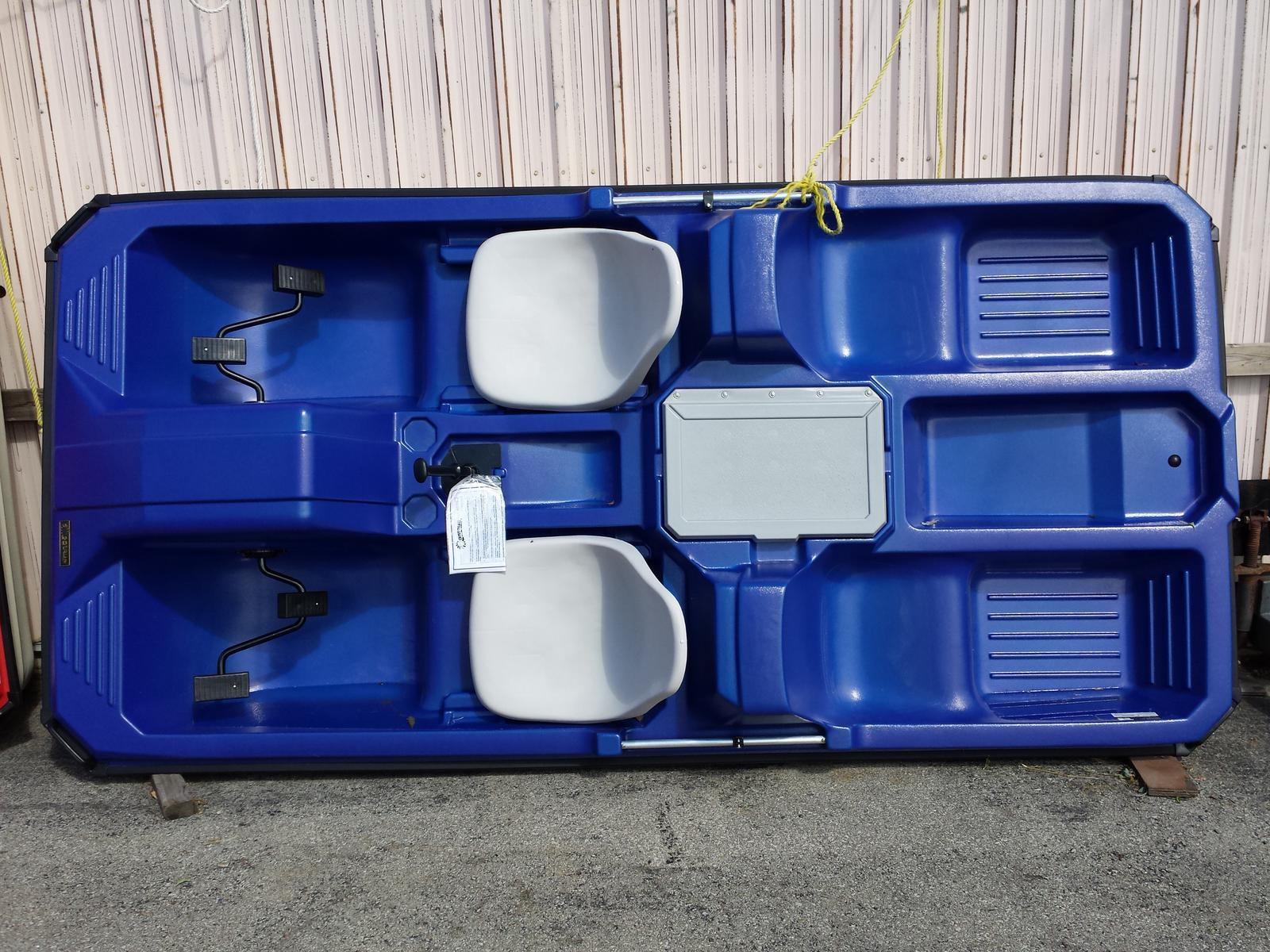 2017 CONTOUR COMMANDER  2+ 2 ADJ SEATS for sale