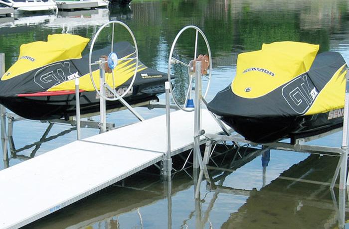 Docks & Lifts