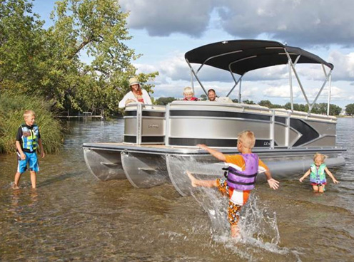 Lund LX 220 Pontoon Boats