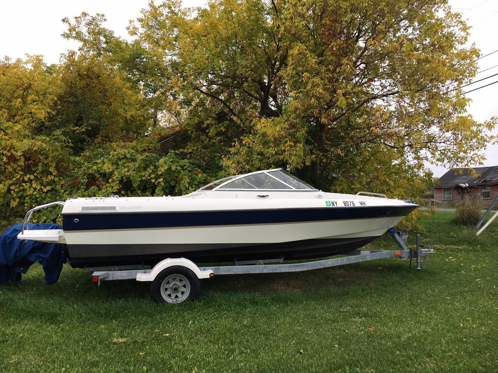 For Sale: 2003 Bayliner 1950 Classic 19ft<br/>Hutchinson's Boat Works